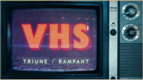 Triune Digital vhs 1 472x267 - مجموعه فوتیج فیلم VHS نویزدار و قدیمی+ پروژه پریمیر Triune Digital